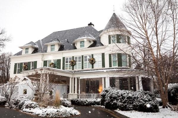 """Sẽ thế nào nếu bạn sống cùng chung cư với Phó Tổng thống Mỹ Kamala Harris: Hàng xóm cũ bảo """"rất phiền"""" ảnh 3"""