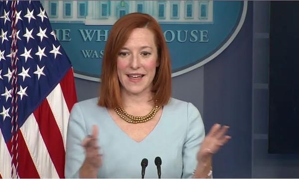 """Jen Psaki, Thư ký báo chí Nhà Trắng của Tổng thống Biden: """"Thần tượng"""" mới của giới trẻ ảnh 2"""