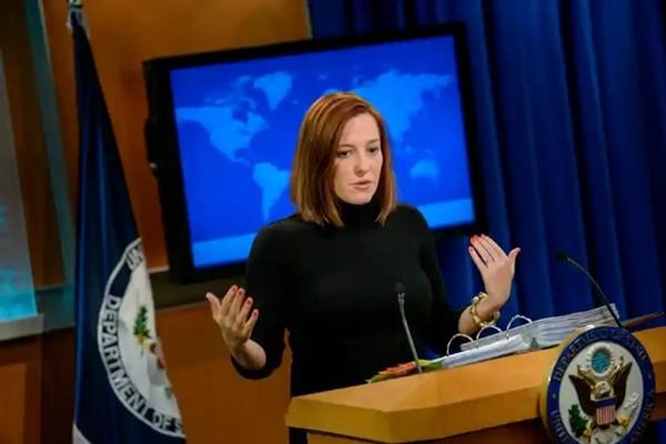 """Jen Psaki, Thư ký báo chí Nhà Trắng của Tổng thống Biden: """"Thần tượng"""" mới của giới trẻ ảnh 6"""
