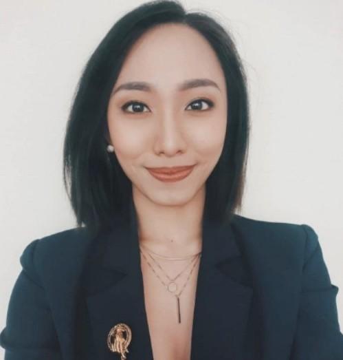 """Thí sinh Hoa hậu Hoàn vũ Singapore bị bắt vì """"xài chùa"""" thẻ ngân hàng của bạn bè để mua sắm ảnh 1"""