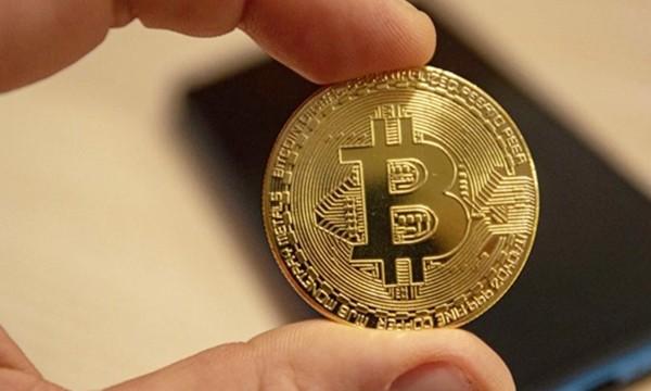 Bitcoin tăng giá kỷ lục: Chuyện gì đang xảy ra? 5 điều để bạn hiểu thêm về đồng tiền ảo này ảnh 1