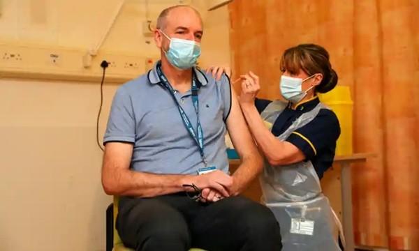 Câu chuyện tuyệt vời về AstraZeneca, vaccine chống SARS-CoV-2 vừa được nhập về Việt Nam ảnh 4