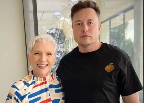 Ai mà ngờ Elon Musk từng phải thi lại môn Tin học năm 17 tuổi, nhưng lý do còn bất ngờ hơn ảnh 3