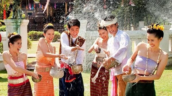 Chờ đợi suốt 2 năm, năm nay Tết té nước Songkran ở Thái Lan được phép tổ chức ảnh 3