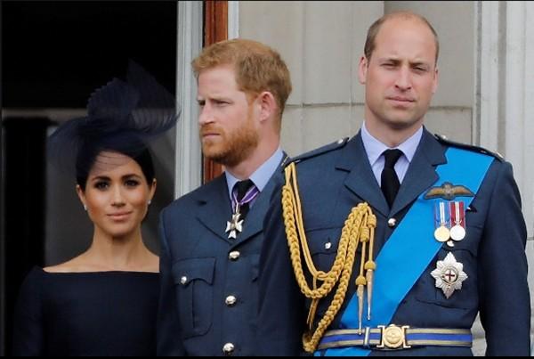 """Bằng cách """"kể tội"""" Hoàng gia, Harry đã """"cài bom hẹn giờ"""" vào tương lai của anh trai mình ảnh 1"""