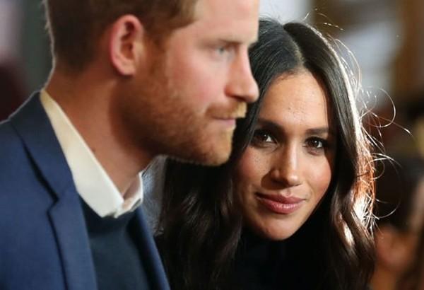 """Bằng cách """"kể tội"""" Hoàng gia, Harry đã """"cài bom hẹn giờ"""" vào tương lai của anh trai mình ảnh 3"""