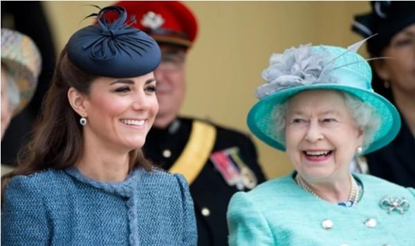 Meghan được so sánh với Công nương Diana nhưng Kate Middleton lại là người giống Nữ hoàng ảnh 4