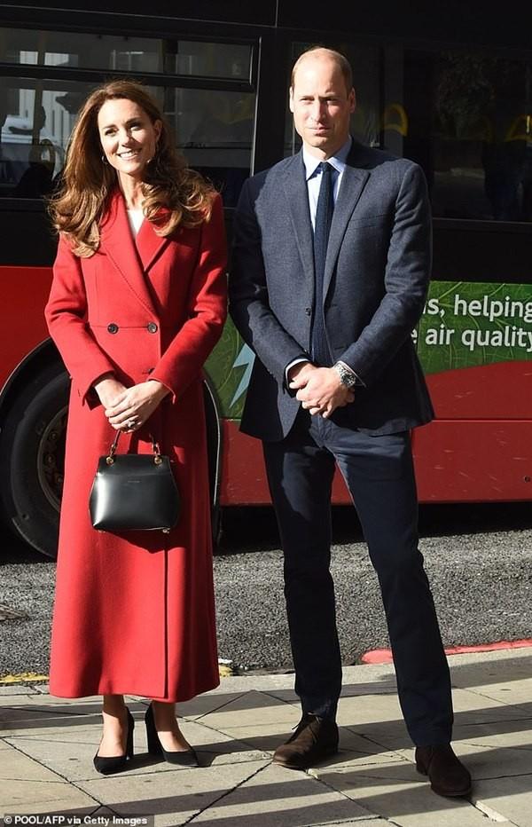 Hiệu ứng Kate: Kate hay dùng túi của nhà thiết kế gốc Á, khiến túi bán được nhiều gấp đôi ảnh 1
