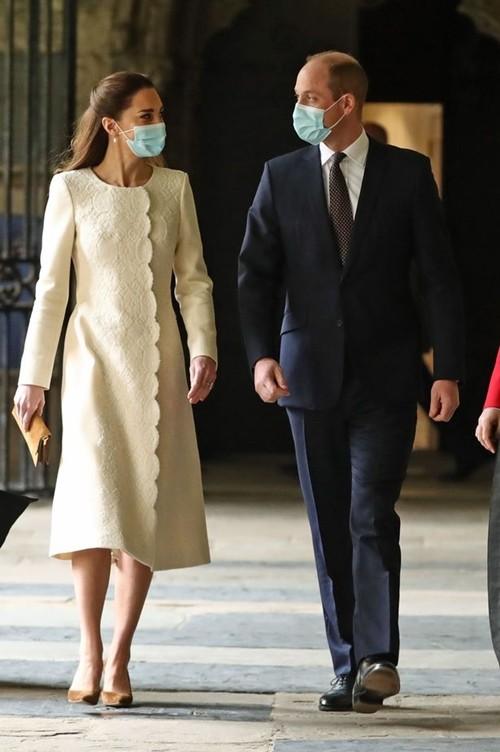 William và Kate quay lại nơi họ đã kết hôn, nhưng lần này vì một mục đích hoàn toàn khác ảnh 1