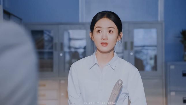 """Sau tất cả, netizen tin rằng nhân vật thôn nữ mới là """"chân ái"""" của Triệu Lệ Dĩnh ảnh 1"""