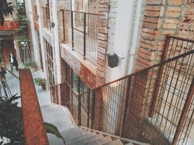Complex 01: Thiên đường check-in hơn 4000 mét vuông mới toanh cho giới trẻ Hà Nội ảnh 2