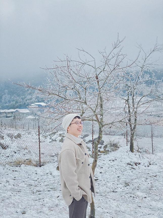 Y Tý, Sa Pa những ngày tuyết mùa Đông: Đẹp như lạc vào thế giới cổ tích của Frozen ảnh 1