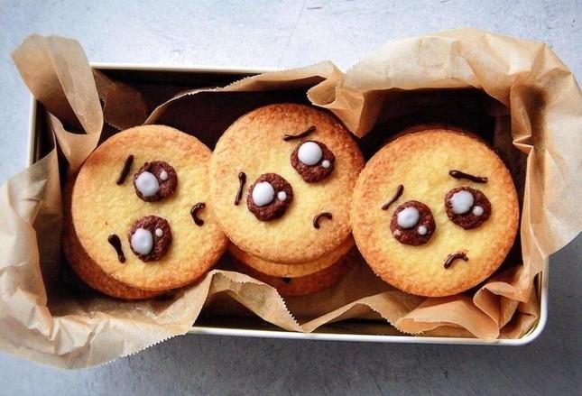 Hóa ra biểu tượng đáng yêu trên chiếc bánh quy bình thường này có ý nghĩa không ai ngờ tới ảnh 3