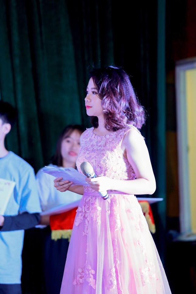 Hot girl Đỗ Minh Anh - Sinh viên 5 tốt thành phố Hà Nội ảnh 3