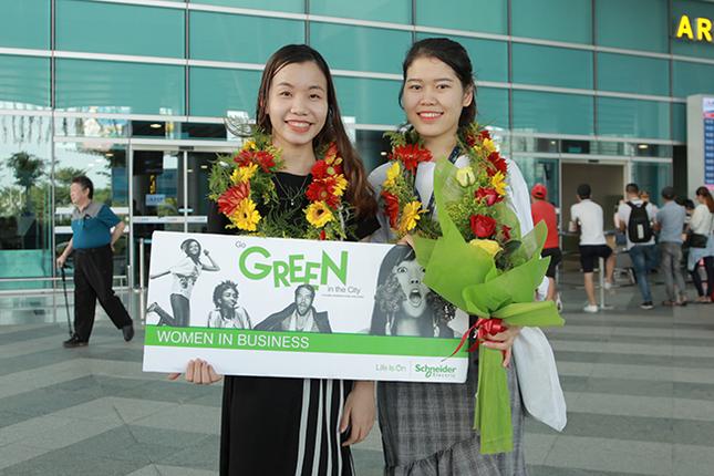 Sinh viên Duy Tân nhận học bổng nữ sinh viên kỹ thuật AmCham 2019 ảnh 1