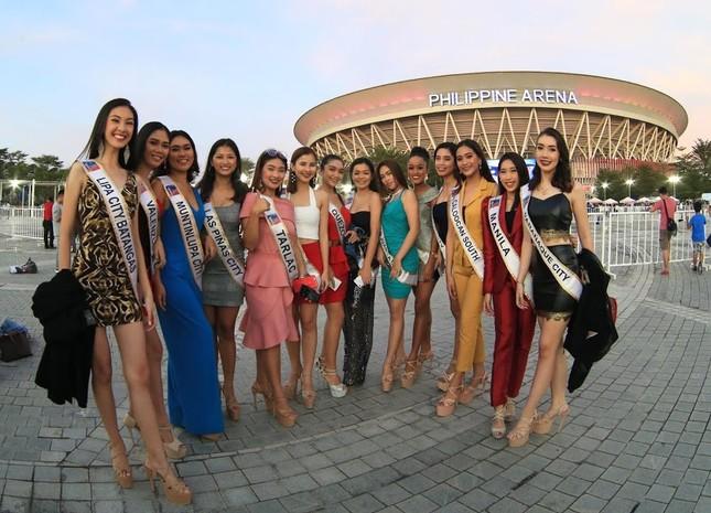 Dàn hoa hậu Philippines nóng bỏng gây 'náo loạn' lễ khai mạc SEA Games 30 ảnh 2