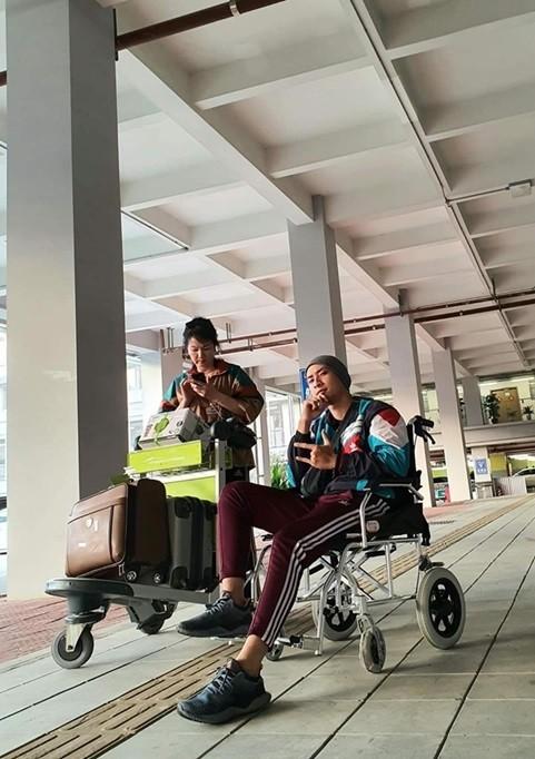 Mẹ người mẫu Anh Vũ: 'Thanh Hằng tặng tiền để con tôi chữa ung thư' ảnh 1