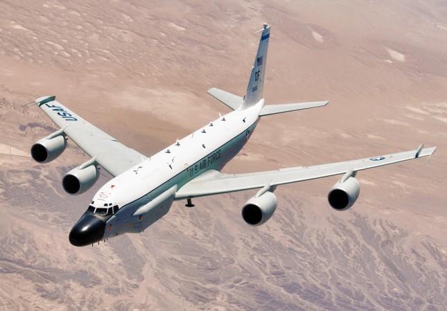 Máy bay trinh sát lượn quanh bán đảo Triều Tiên ảnh 1