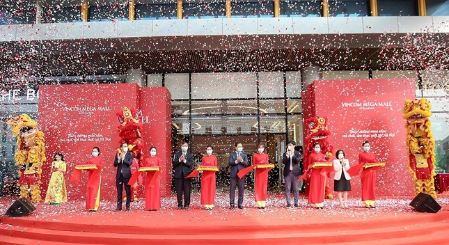 Ưu đãi 'bạt ngàn' mừng Vincom thứ 80 khai trương tại trung tâm phía Đông Thủ đô ảnh 1