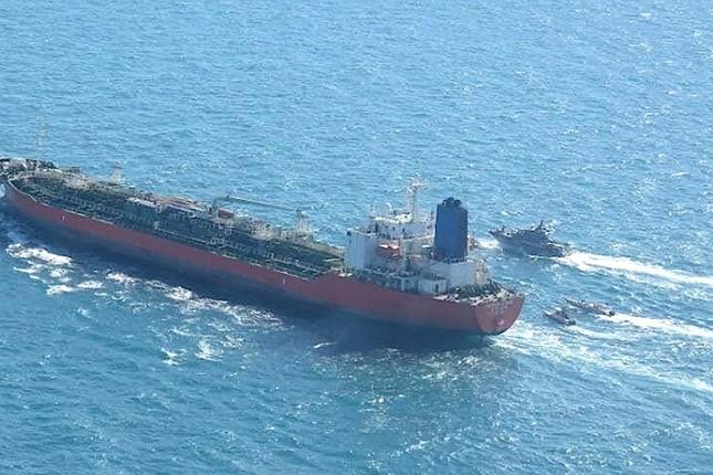 Hàn Quốc điều tàu chống cướp biển đến vịnh Ba Tư sau khi tàu chở dầu bị Iran bắt giữ ảnh 1
