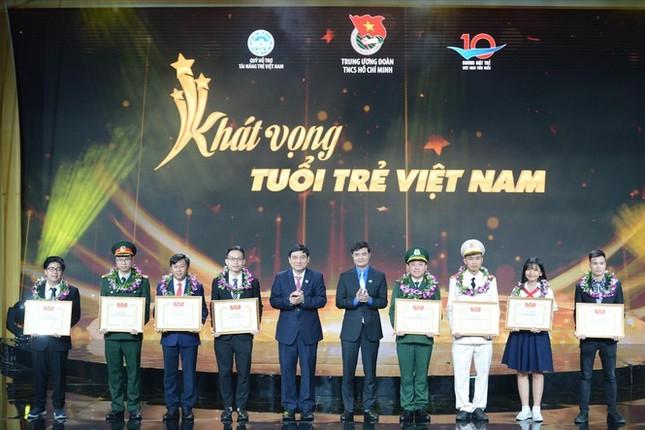 Tối nay phát sóng lễ trao giải Gương mặt trẻ Việt Nam tiêu biểu 2020 ảnh 2