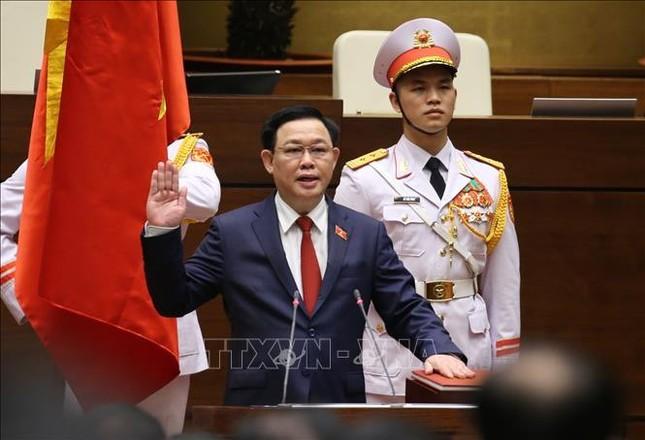 Hình ảnh tân Chủ tịch Quốc hội Vương Đình Huệ tuyên thệ nhậm chức ảnh 5