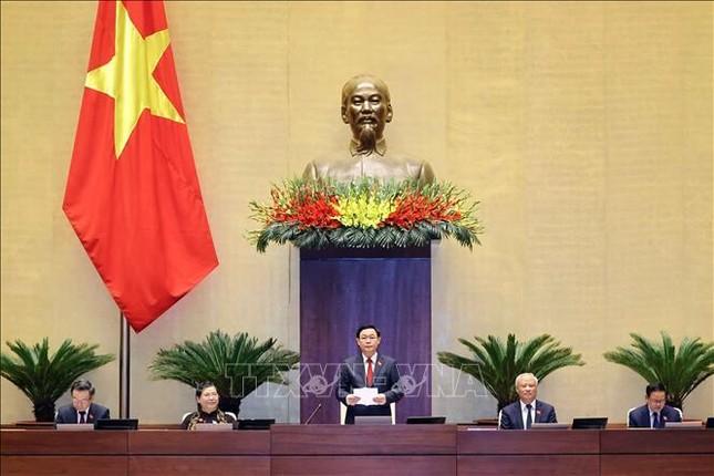 Hình ảnh tân Chủ tịch Quốc hội Vương Đình Huệ tuyên thệ nhậm chức ảnh 13