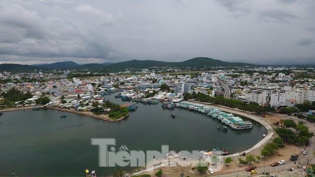 Điểm danh dự án tại Phú Quốc được miễn, giảm tiền sử dụng đất trái luật ảnh 1