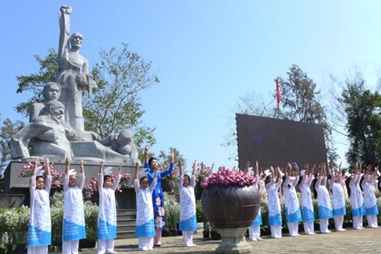 Tưởng niệm 50 năm thảm sát Sơn Mỹ: Cầu nguyện cho hòa bình… ảnh 3