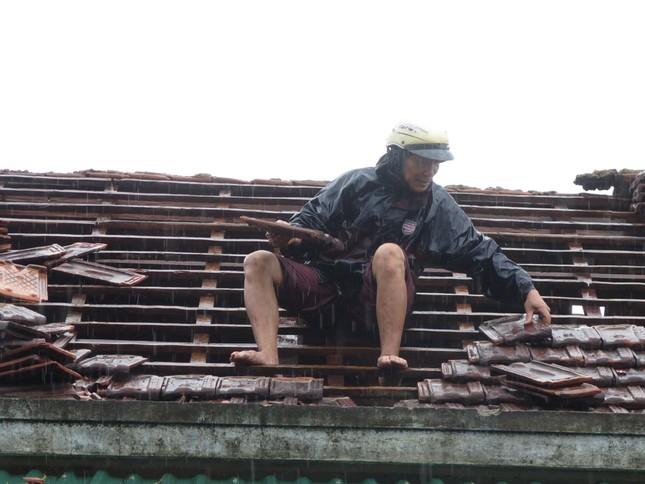 Sau bão số 5: Quảng Ngãi hư hại hơn 400 nhà, sóng đánh sập kè ở Bình Định ảnh 4
