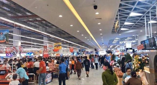 Bất chấp dịch COVID-19, siêu thị ở Quảng Ngãi vẫn tưng bừng khai trương ảnh 3