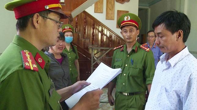 Khởi tố nguyên Chủ tịch huyện Đông Hòa vì sai phạm đất đai ảnh 2