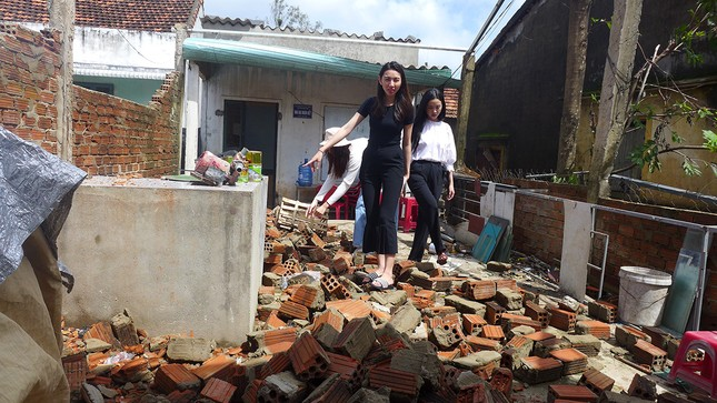 Ban Tổ chức Hoa hậu Việt Nam, báo Tiền Phong mang 'Mái ấm tình thương' đến Quảng Ngãi ảnh 11