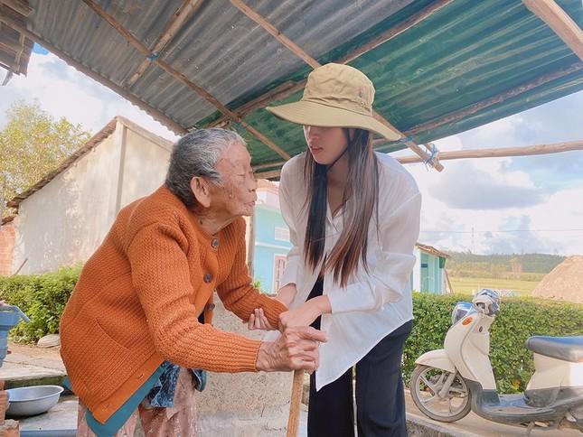 Ban Tổ chức Hoa hậu Việt Nam, báo Tiền Phong mang 'Mái ấm tình thương' đến Quảng Ngãi ảnh 3