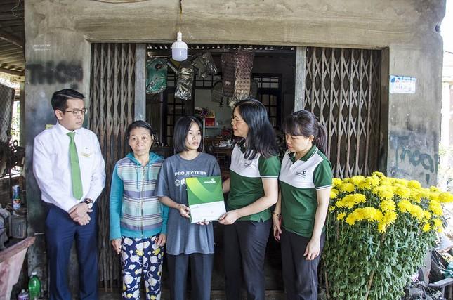 Tiếp tục hỗ trợ gia đình 2 công dân dũng cảm cứu người ảnh 1