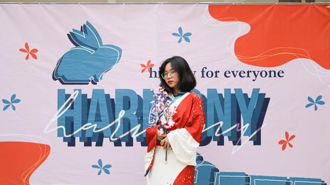 Hà Nội: Tìm hiểu lịch sử với lễ hội văn hóa độc đáo của teen THPT Chuyên Sư phạm ảnh 1