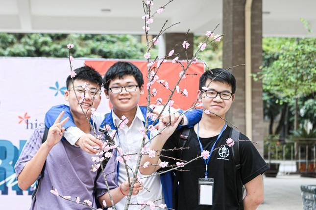 Hà Nội: Tìm hiểu lịch sử với lễ hội văn hóa độc đáo của teen THPT Chuyên Sư phạm ảnh 3