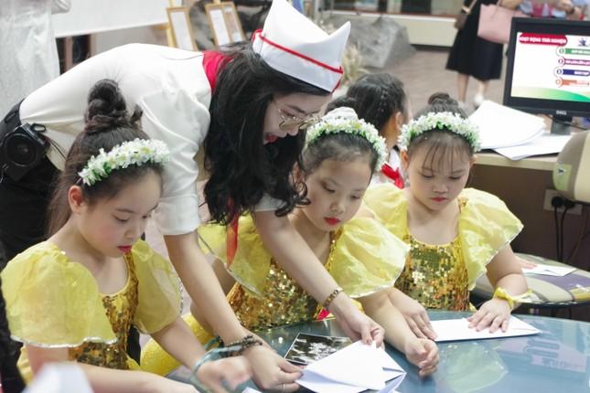 80 mùa hoa - Đội ta tiến lên: Chương trình giáo dục trải nghiệm cho học sinh tiểu học ảnh 13