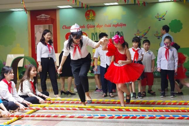 80 mùa hoa - Đội ta tiến lên: Chương trình giáo dục trải nghiệm cho học sinh tiểu học ảnh 12