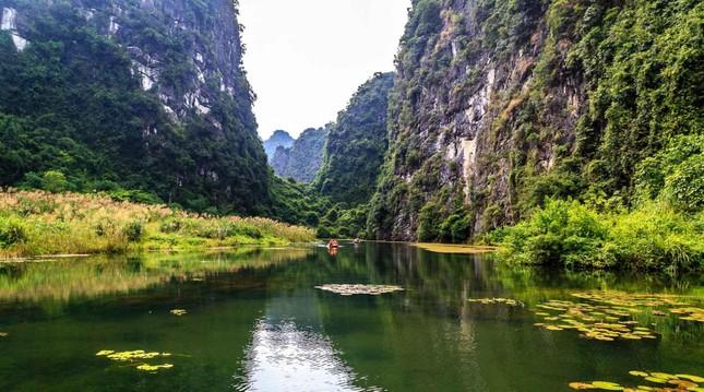 Điểm du lịch dịp nghỉ lễ gần Hà Nội: Săn bướm ở Cúc Phương, ngắm trọn đất trời ở Hang Múa ảnh 17