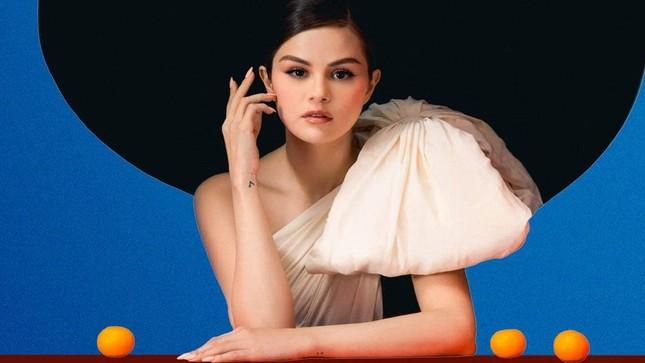 Album mới liên tục lập thành tích cao, fan đồng loạt kêu gọi Selena Gomez đừng giải nghệ ảnh 3