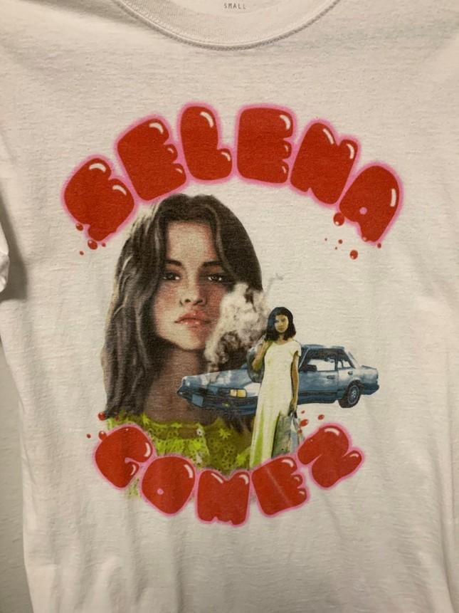 Selena Gomez vừa đổi màu tóc sang bạch kim cực chất, lại chuẩn bị ra nhạc mới đúng không?  ảnh 2