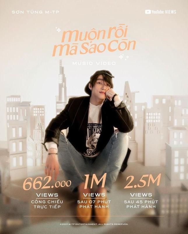 """Sơn Tùng M-TP """"thả xích"""" MV """"Muộn Rồi Mà Sao Còn"""" 7 phút đạt 1 triệu lượt xem ảnh 2"""