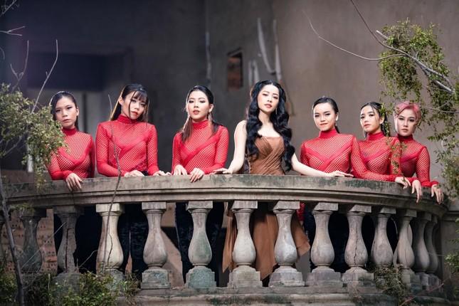 """Chi Pu: Không tham gia vai diễn nào trong phim """"Thiên Thần Hộ Mệnh"""" ảnh 2"""