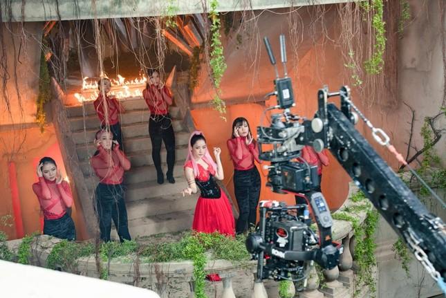 """Chi Pu: Không tham gia vai diễn nào trong phim """"Thiên Thần Hộ Mệnh"""" ảnh 1"""