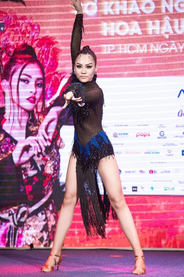 Người đẹp Nhân ái của Hoa Hậu Việt Nam 2020: Tài sắc vẹn toàn không bàn cãi! ảnh 4