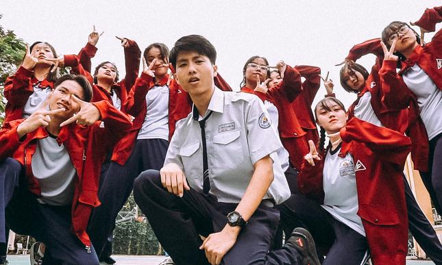"""Đỉnh như trường người ta: Sáng tác rap """"khoe"""" trường, khởi đầu dự án 16 trường trung học ảnh 1"""