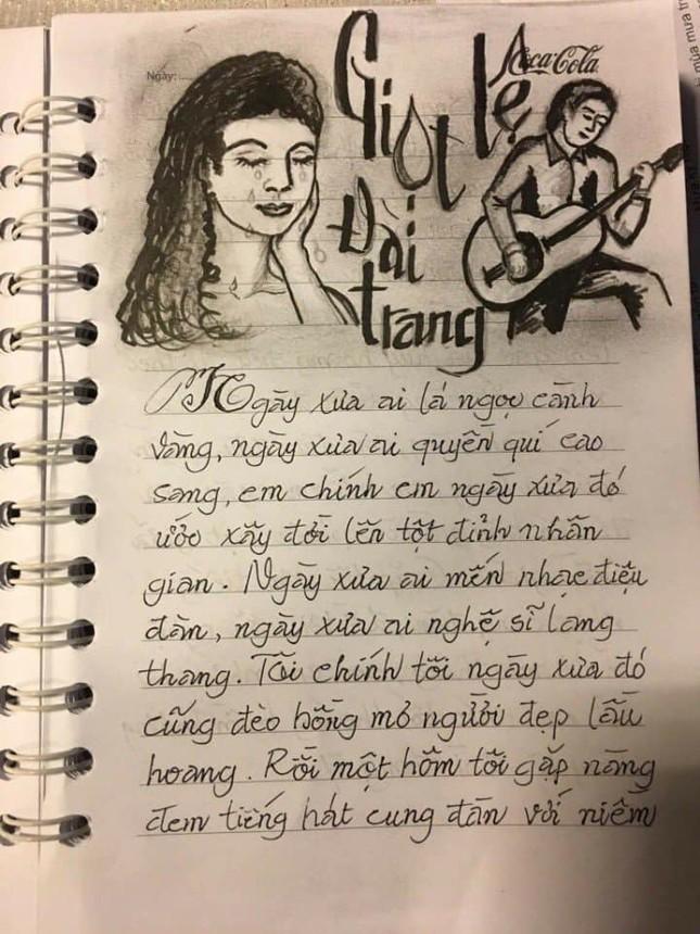 """Sổ chép nhạc thời """"ông bà anh"""": Chữ đẹp miễn chê nhưng đỉnh nhất lại là hình minh họa  ảnh 6"""