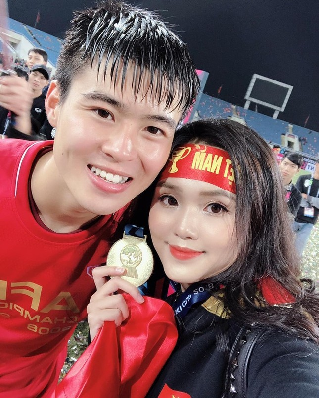 """Trước tin đồn """"đi đường quyền"""" với Quỳnh Anh, Duy Mạnh là chàng trai lãng mạn có thừa ảnh 5"""
