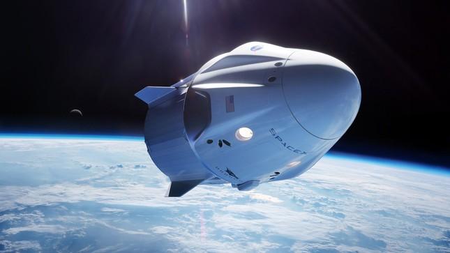 """Tỷ phú Elon Musk sắp phóng tàu vũ trụ nhưng dân tình lại chỉ """"thả tim"""" điều nhỏ xíu này ảnh 3"""